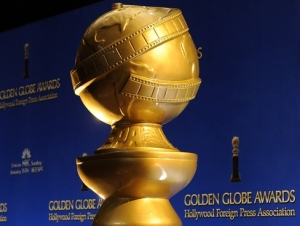 golden-globe-trophy-x-large